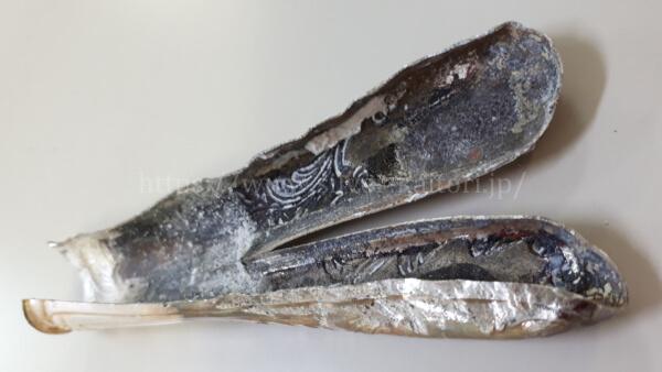 銀のナイフの持ち手部分