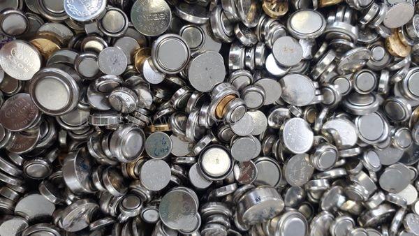 酸化銀電池