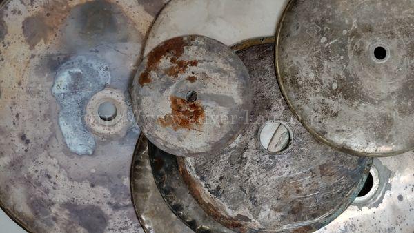 円盤状の銀屑