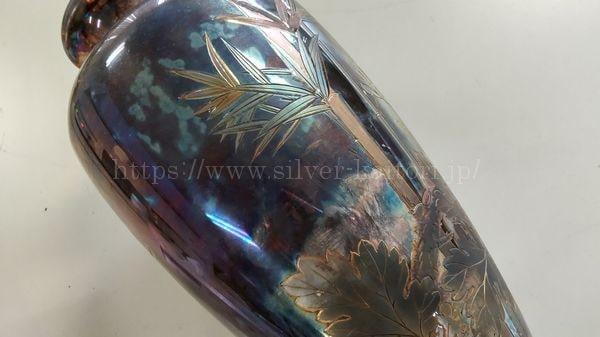 銀製の花瓶